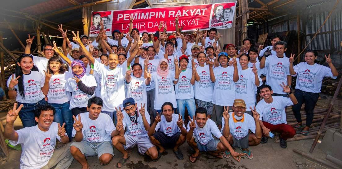 Stafs and workers of dekor asia jayakarya ltd bamboo for Dekor international pt